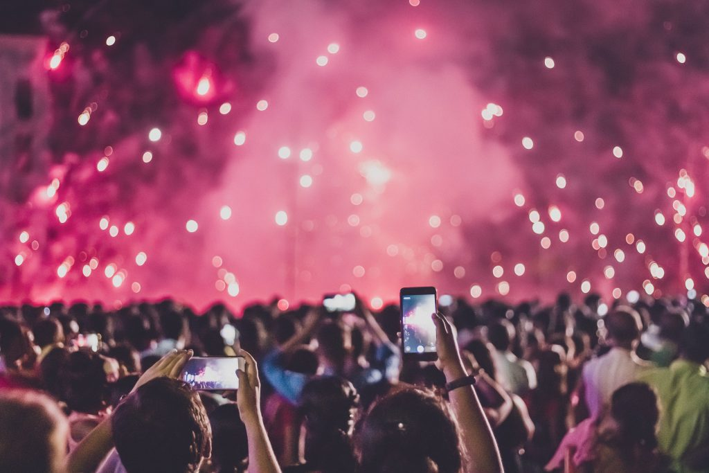 Mengisi malam tahun baru dengan aktifitas seru