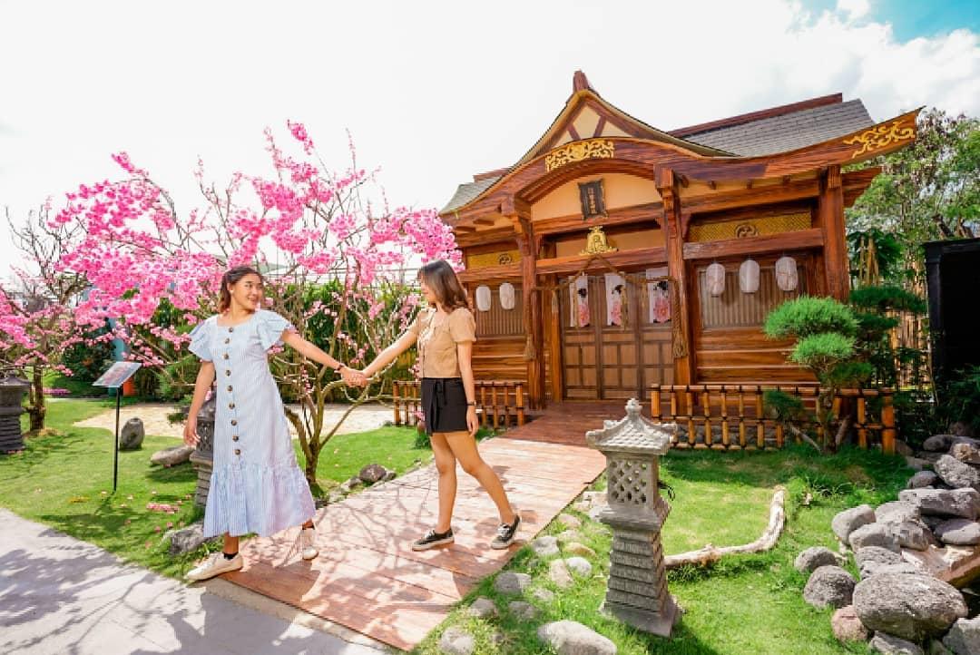 Tiruan Rumah Jepang di Batu Love Garden