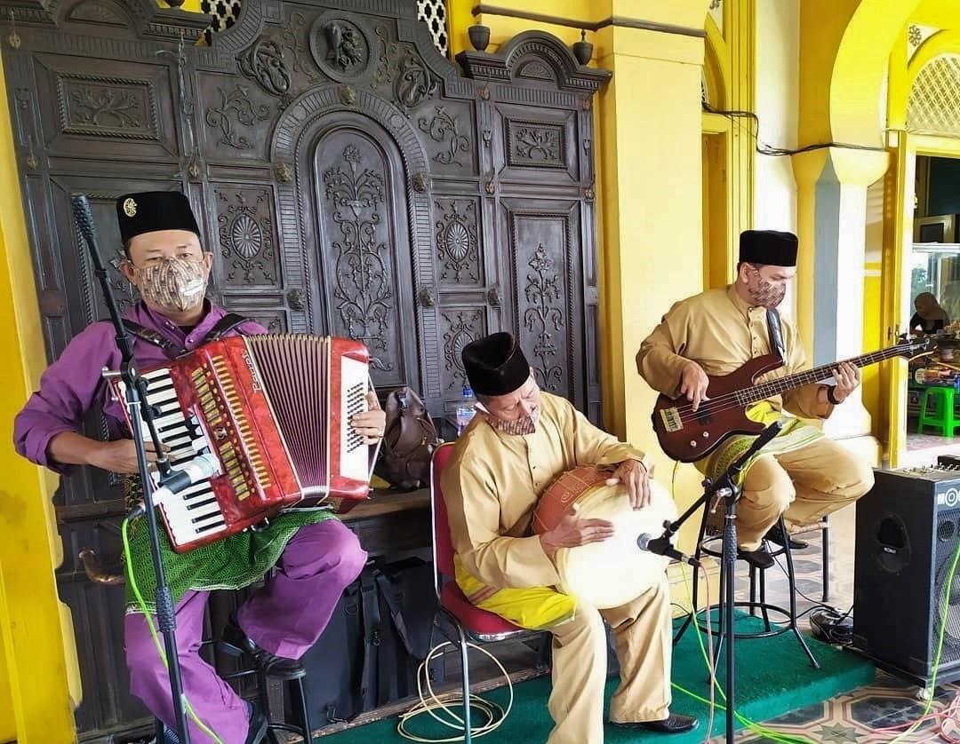 Pertunjukan Orkes Melayu Istana Maimun